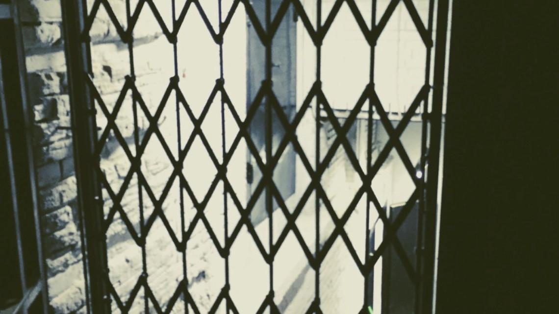 Квест Побег из тюрьмы - Квеструм.рф - Омск - Отзывы и бронирование